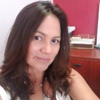 Female Accountant Near Me - Nury Quinonez
