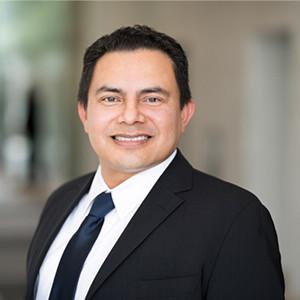 verified Lawyer in Los Angeles California - Josue Alberto Villalta