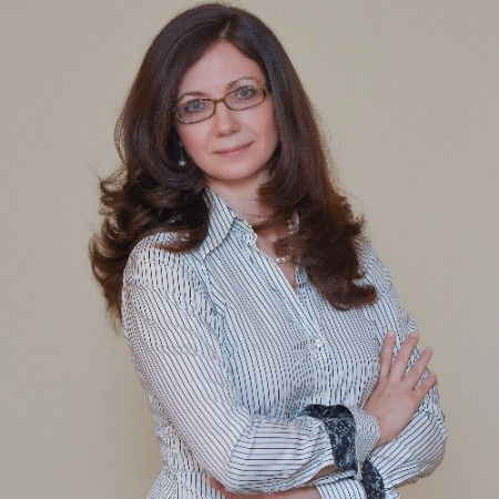 Nataliia Artemova, verified attorney in Florida