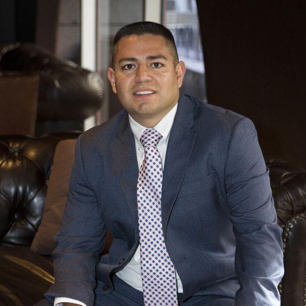 Sam Serrano, verified lawyer in USA