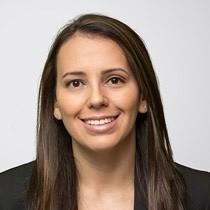 verified Lawyer in California - Vivian Maria Rivera