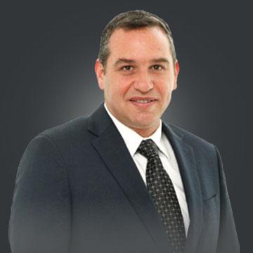 Alan Krausz Bitrán, Spanish speaking lawyer in Chile