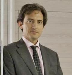Armando Mira Fructuoso, Latino lawyer in Spain