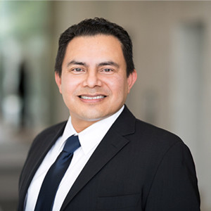 Josue Alberto Villalta, Spanish speaking Intellectual Property lawyer in California