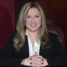 Julieth Rios, Hispanic Bankruptcy and Debt lawyer in USA