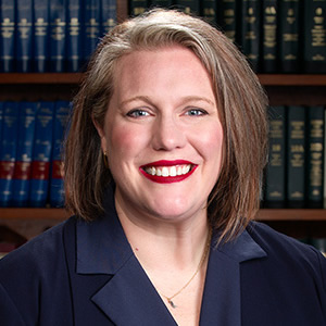 McKenna L.Cox, Hispanic lawyer in Tennessee