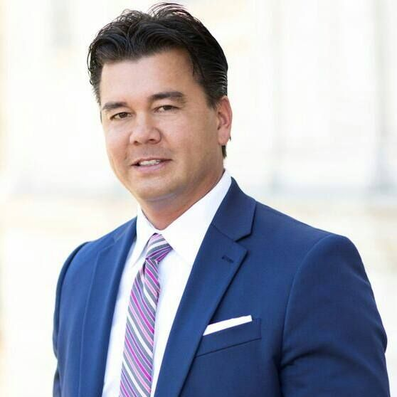 Spanish Speaking Family Attorney in USA - Vincent Martin